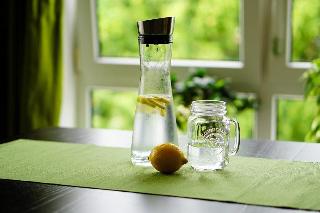 khasiat air lemon