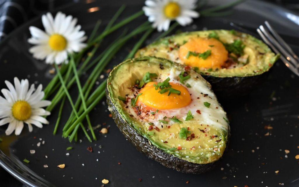 avokado telur