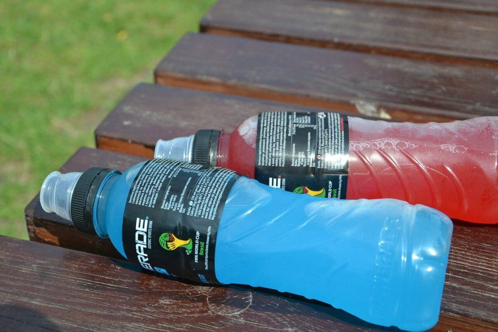 minuman sukan dan minuman tenaga