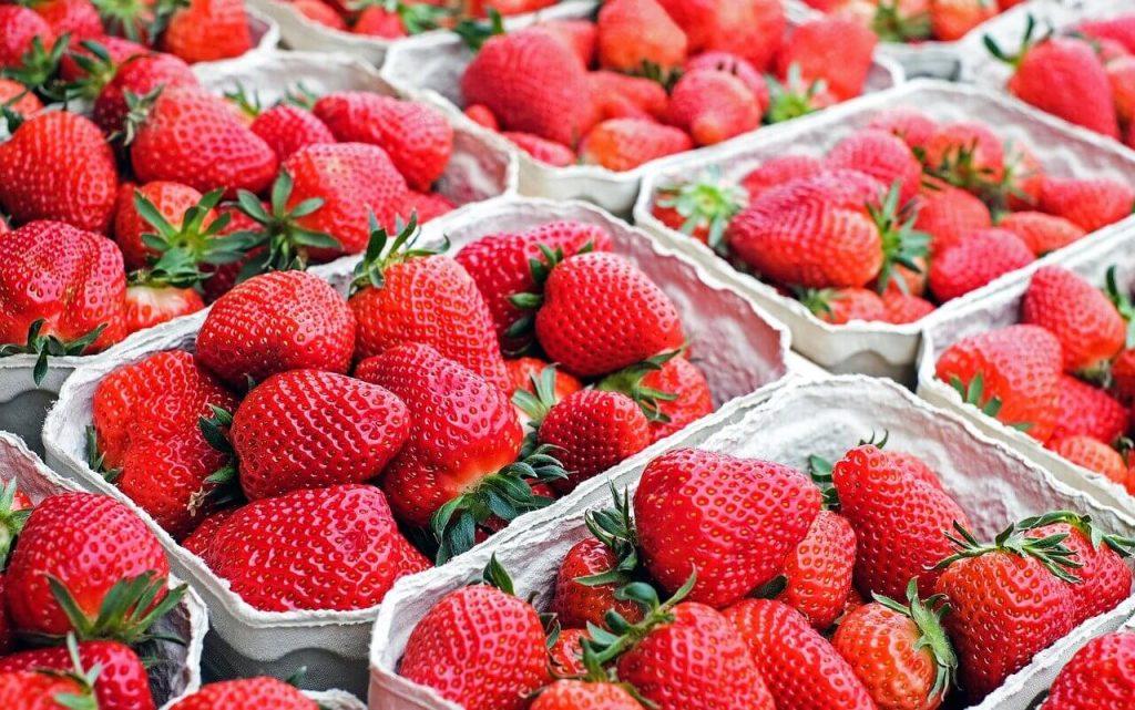 strawberi-buah-buahan rendah kandungan gula