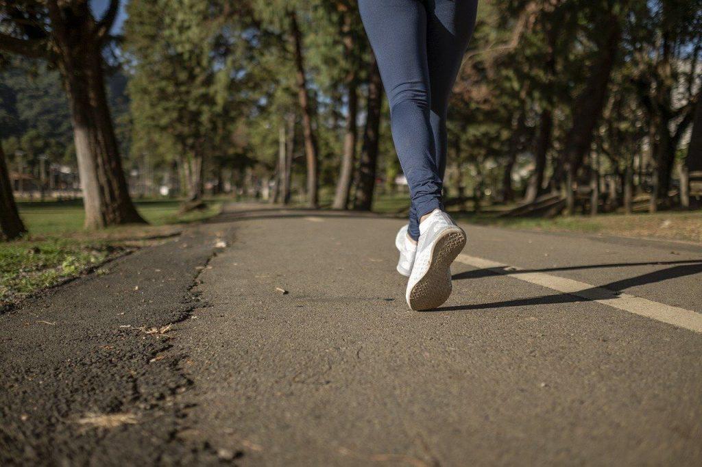 berlari: jenis-jenis senaman kardio